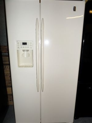 Ge Bisque Side By Side Refrigerator Only 49988 French Door