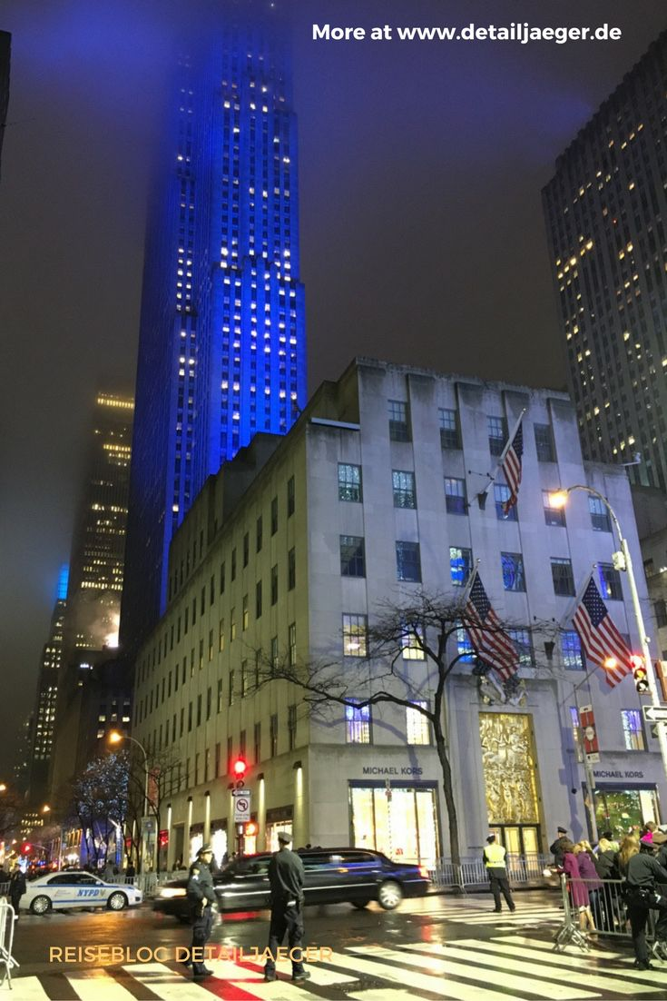 Christmas Tree Lighting in NYC - Reiseblog detailjaeger | Pinterest ...