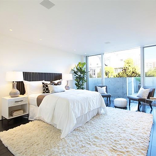 Big, Bright Master Bedroom In A Newly Renovated San Francisco Mansion.  Credit: Sean
