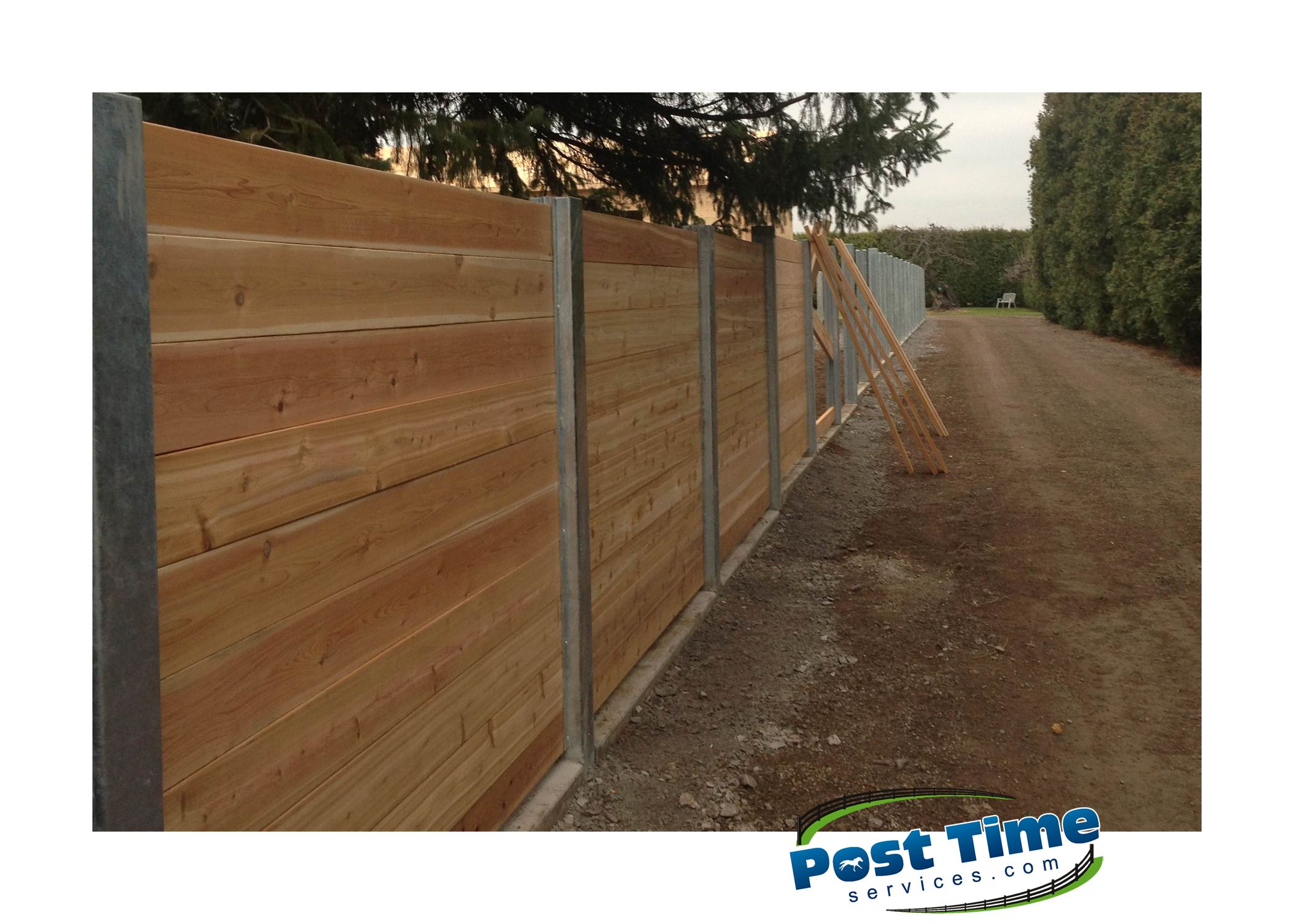 Fort Knox Cedar Privacy Fence installed Horizontally in between