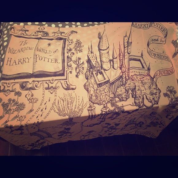 Harry Potter Map Scarf This scarf is a map of the Wizarding World of Harry Potter. Hand made. One of a kind item. Accessories Scarves & Wraps