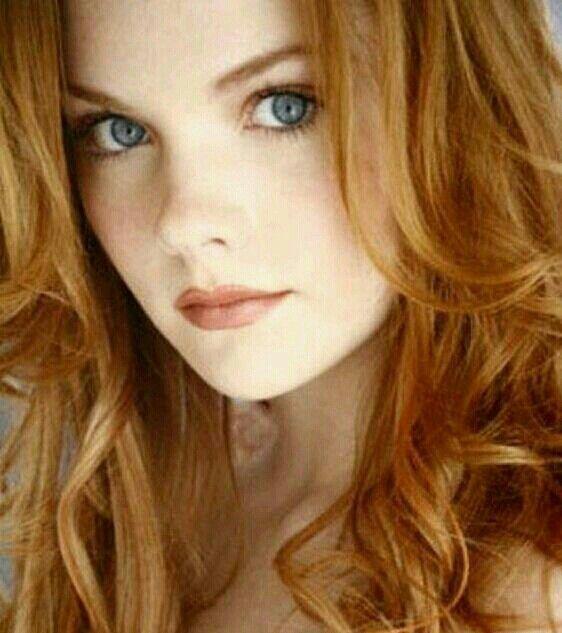 Strawberry Blonde  Strawberry Blonde Hair, Redhead Beauty -5405