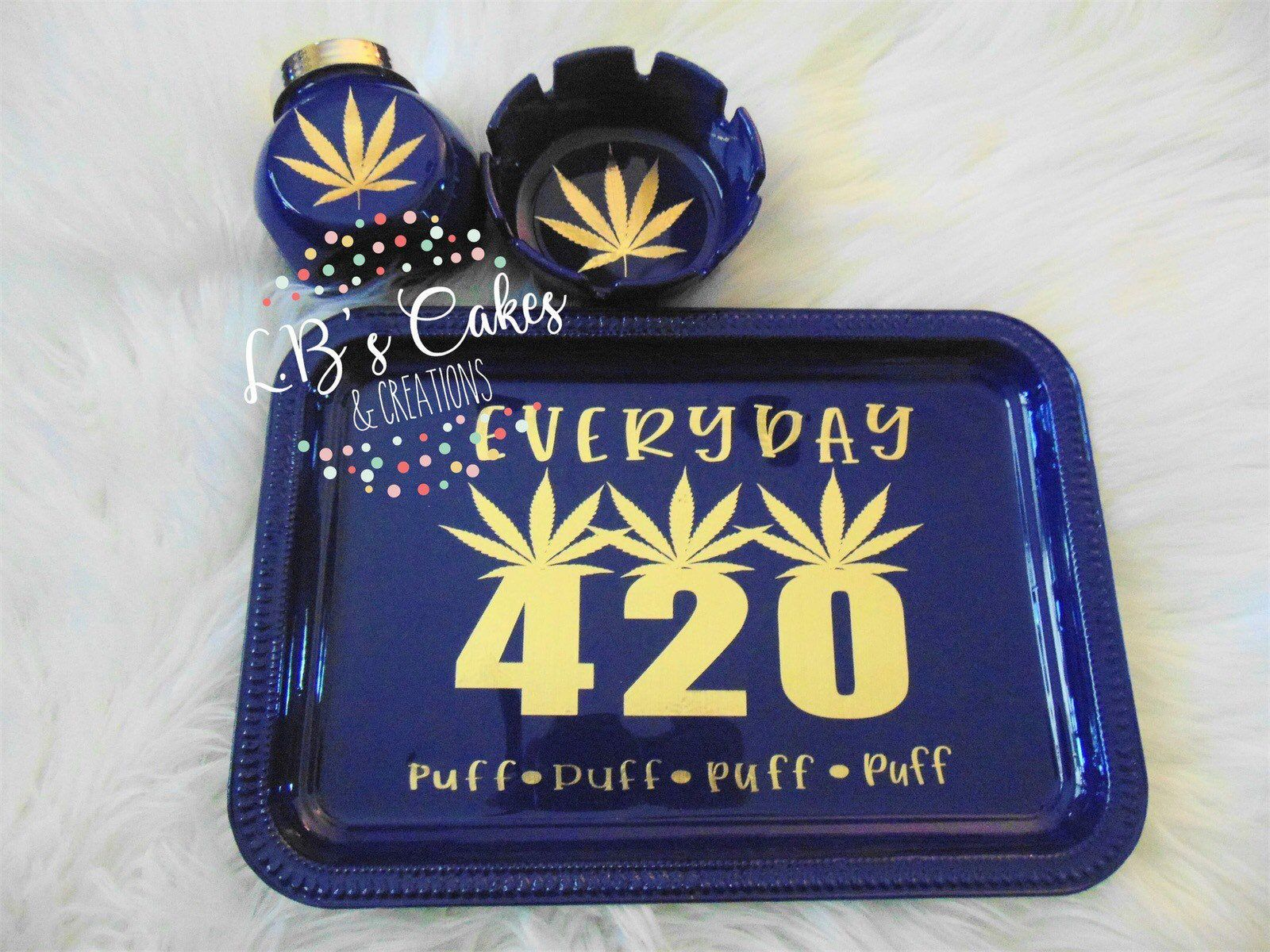 Lots Of Styles Without Glitter For Men Etsy Shop 420 Everyday Rolling Tray Set Gifts For Him Gold On Blue 420 In 2020 Diy Resin Tray Smoke Gifts Diy Tray