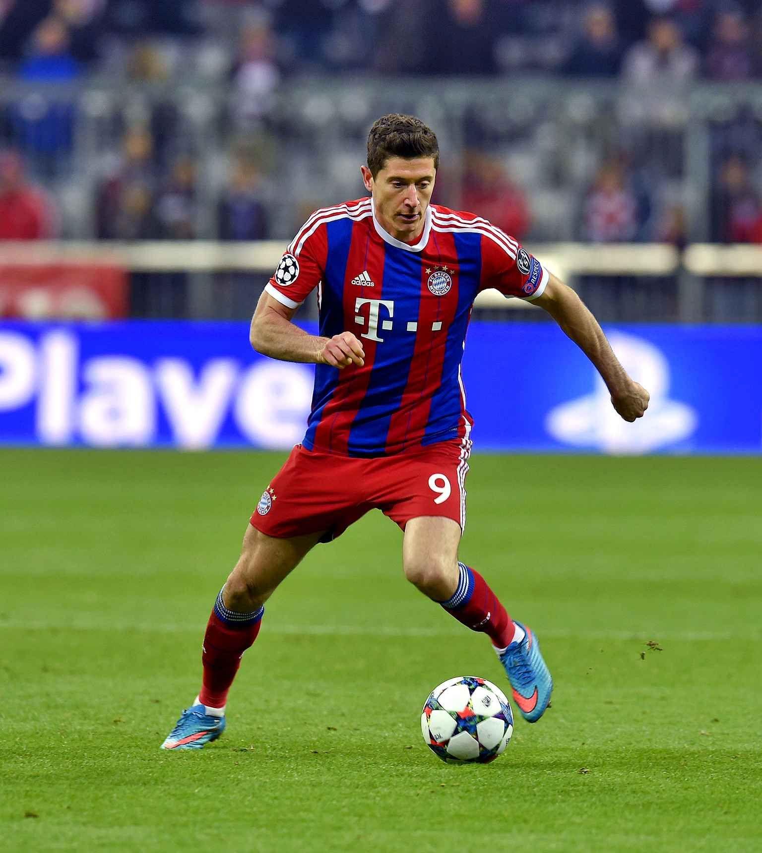 RL9 Bayern München 9ine Robert Lewandowski