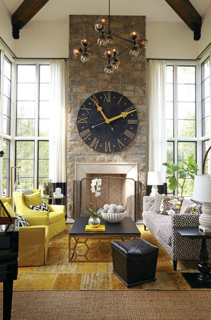 wanduhr vintage wohnzimmer kamin gelbe sessel - Wohnzimmer Wanduhr