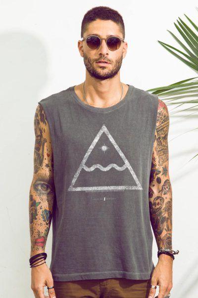 5265084d3d Na Lab77 você encontra diversas camisetas