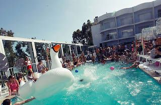 Pool parties in L.A: The best poolside soirees