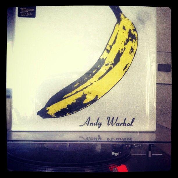 """The Velvet Underground & Nico (1967) 180 grs. Edición Especial Mono / Escuchar  http://tny.gs/ObHrkK / Mención honrosa """"Sunday Morning"""" http://youtu.be/0cWzxJvgWc8"""