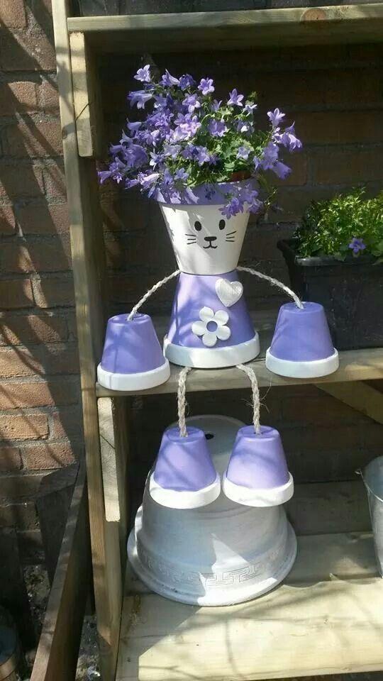 un chat en pot de terre maison jardinage enfants pots de fleurs peints et decoration jardin. Black Bedroom Furniture Sets. Home Design Ideas