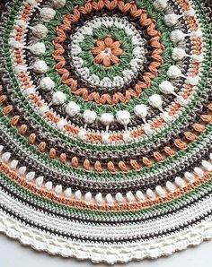 [Free Pattern] Stunningly Beautiful Crochet Mandala Pattern #crochetmandalapattern
