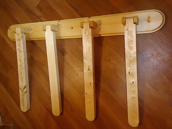 Swing Arm Wall Mounted Quilt Rack Etsy Quilt Rack Wood Joints
