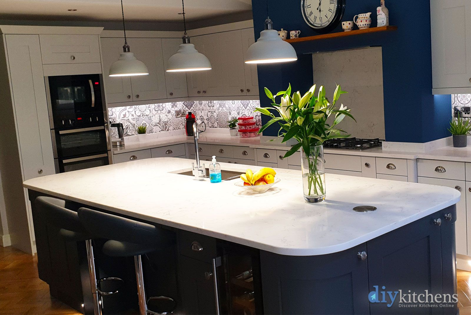 Best An Innova Stanbury Dove Grey Shaker Kitchen With Images 400 x 300