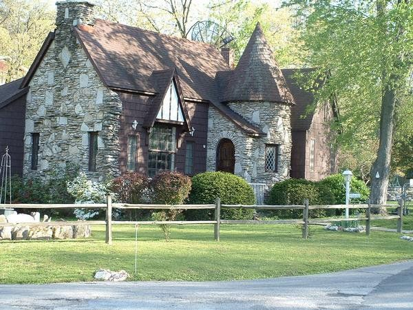 Stone Tudor House love this english tudor style cottage with turret entrancewould