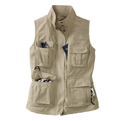 Women S 15 Pocket Voyager Vest Travelsmith Camping In