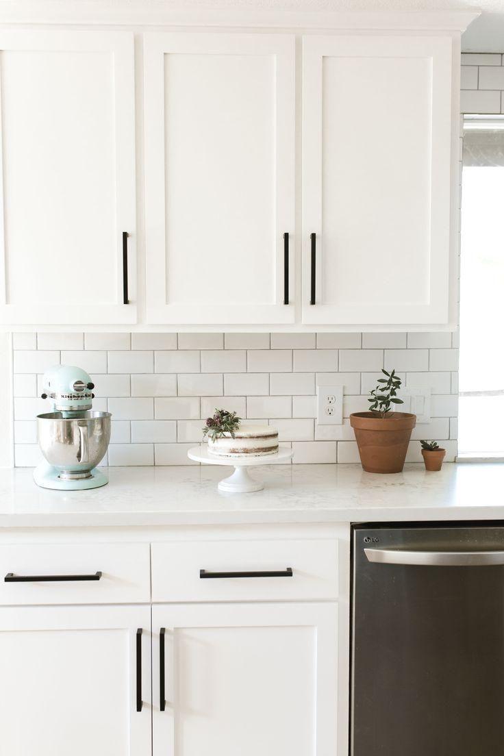 30+ Fabulous Farmhouse Kitchen Backsplash Design Ideas To Copy - GAGOHOME