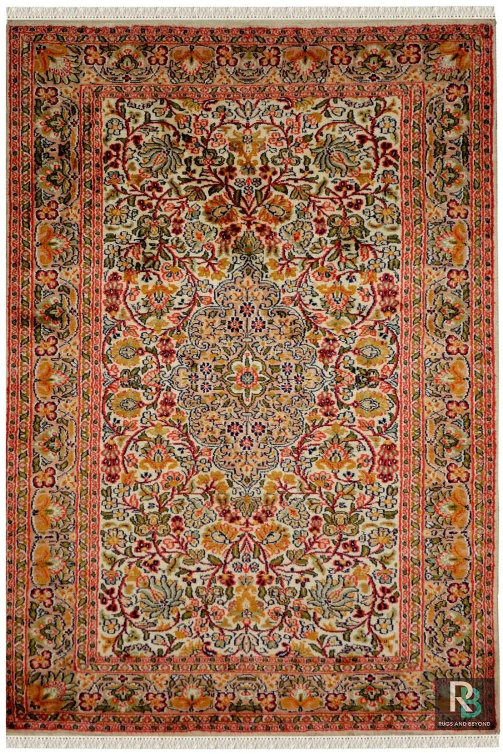 Gulab Medallion Kashan Silk Rugs With Best Color Combination In 2020 Rugs Area Rugs Rugs On Carpet