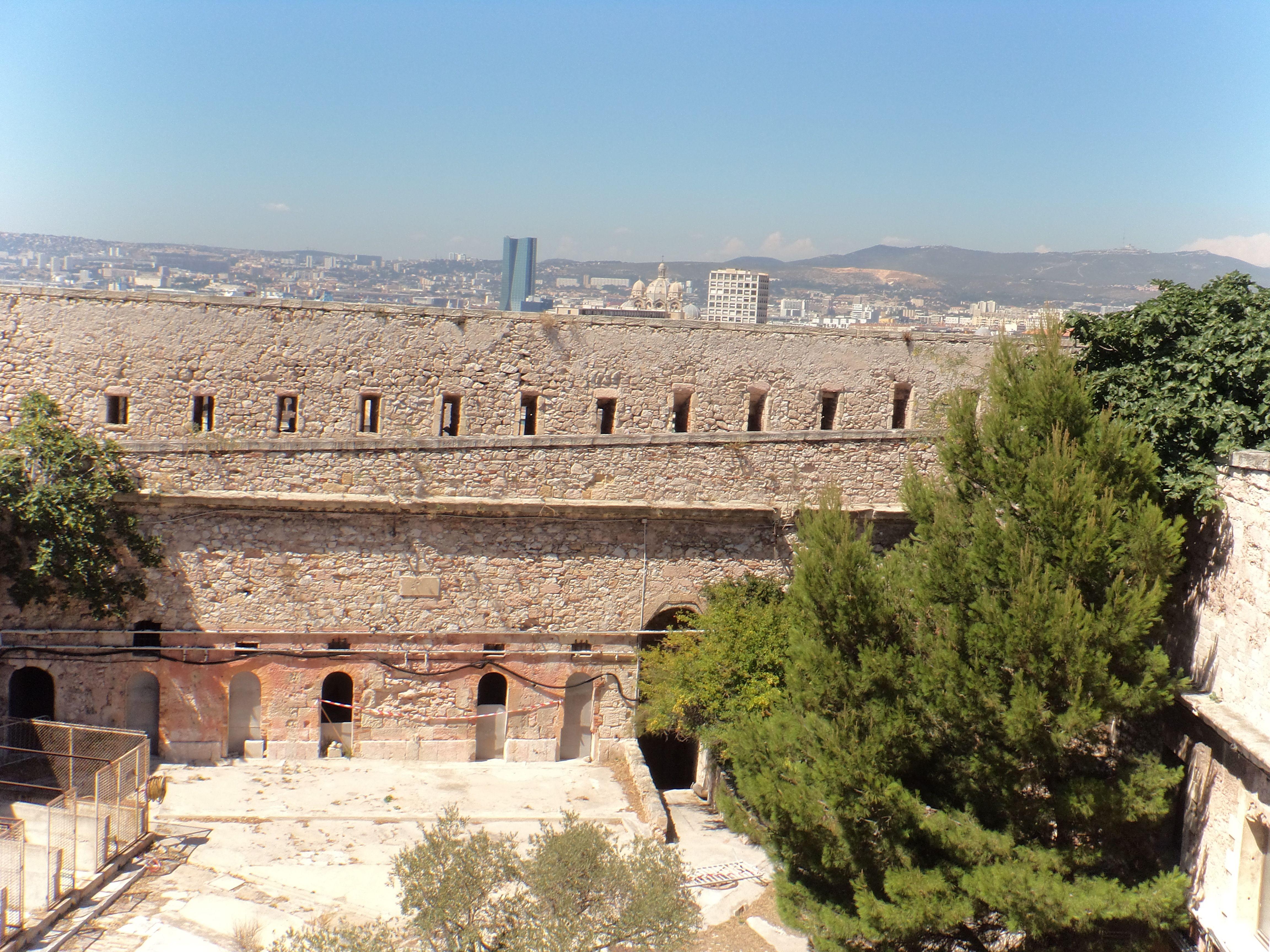 Fort d'Entrecastaux - Marseille