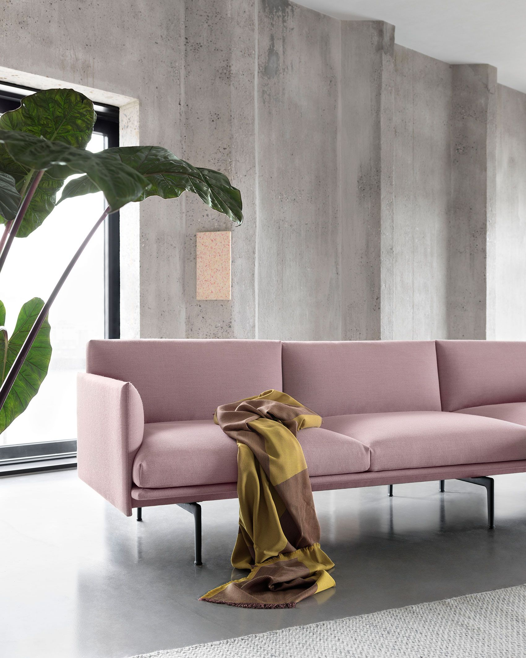 The Outline Sofa From Muuto Adds New Perspectives To The Classic Scandinavian Design Sofas Of The 1960 S Pastel Interior Sofa Design Minimalist Home Interior
