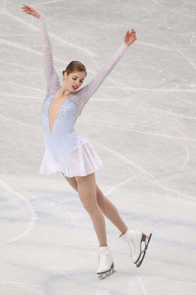Carolina Kostner Photos - ISU World Figure Skating Championships: Day 2 - Zimbio