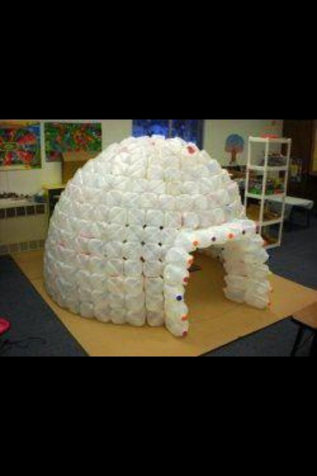 Plastic bottle igloo diy crafts pinterest plastic for How to build an igloo out of milk jugs