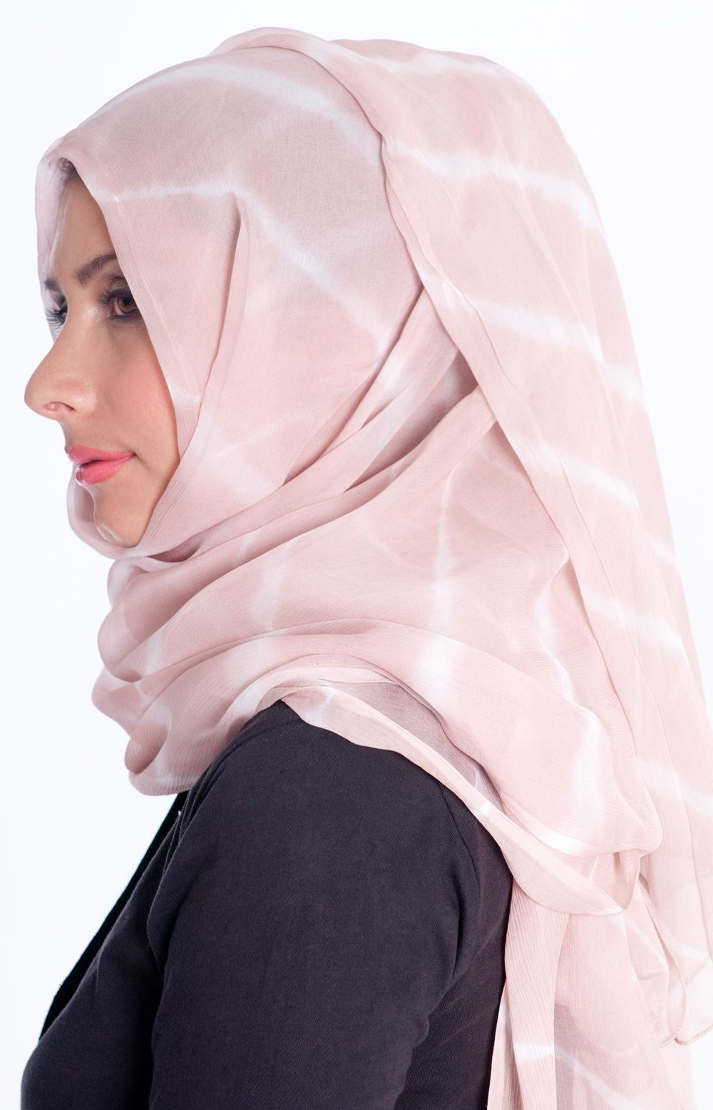 Hijab Style Moment Laudya Cynthia Bellas Look On Sunsilk Hijab