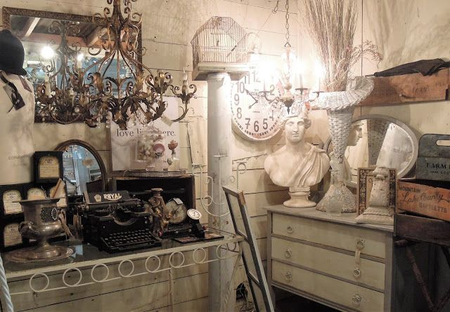 An inspiring blog to get you interested in recycling and a fun vintage living.