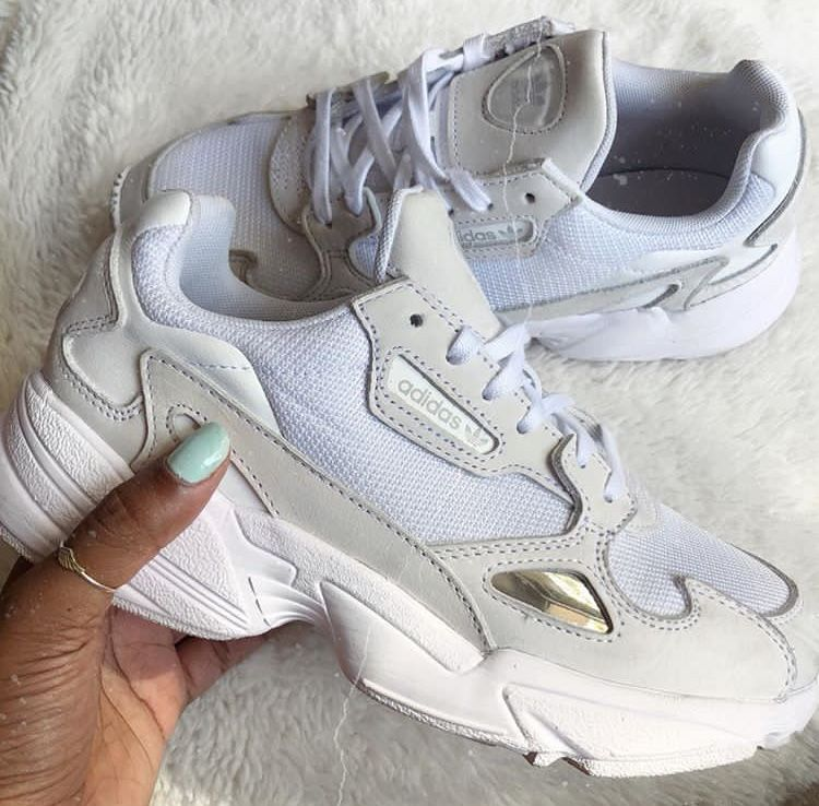 Adidas shoes women, Sneakers