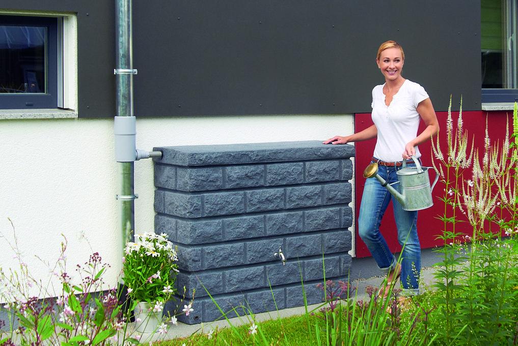 een prachtig alternatief voor regenwater op te vangen de rocky regentonnen van graf. Black Bedroom Furniture Sets. Home Design Ideas