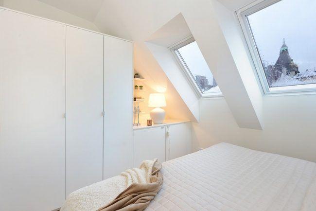 Schlafzimmer Dachgeschoss ~ Dachschräge ideen schlafzimmer weiss kleiderschrank matt weiss