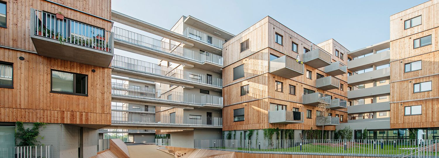Staggered block buildings: Apartment complex in Seestadt Aspern ...
