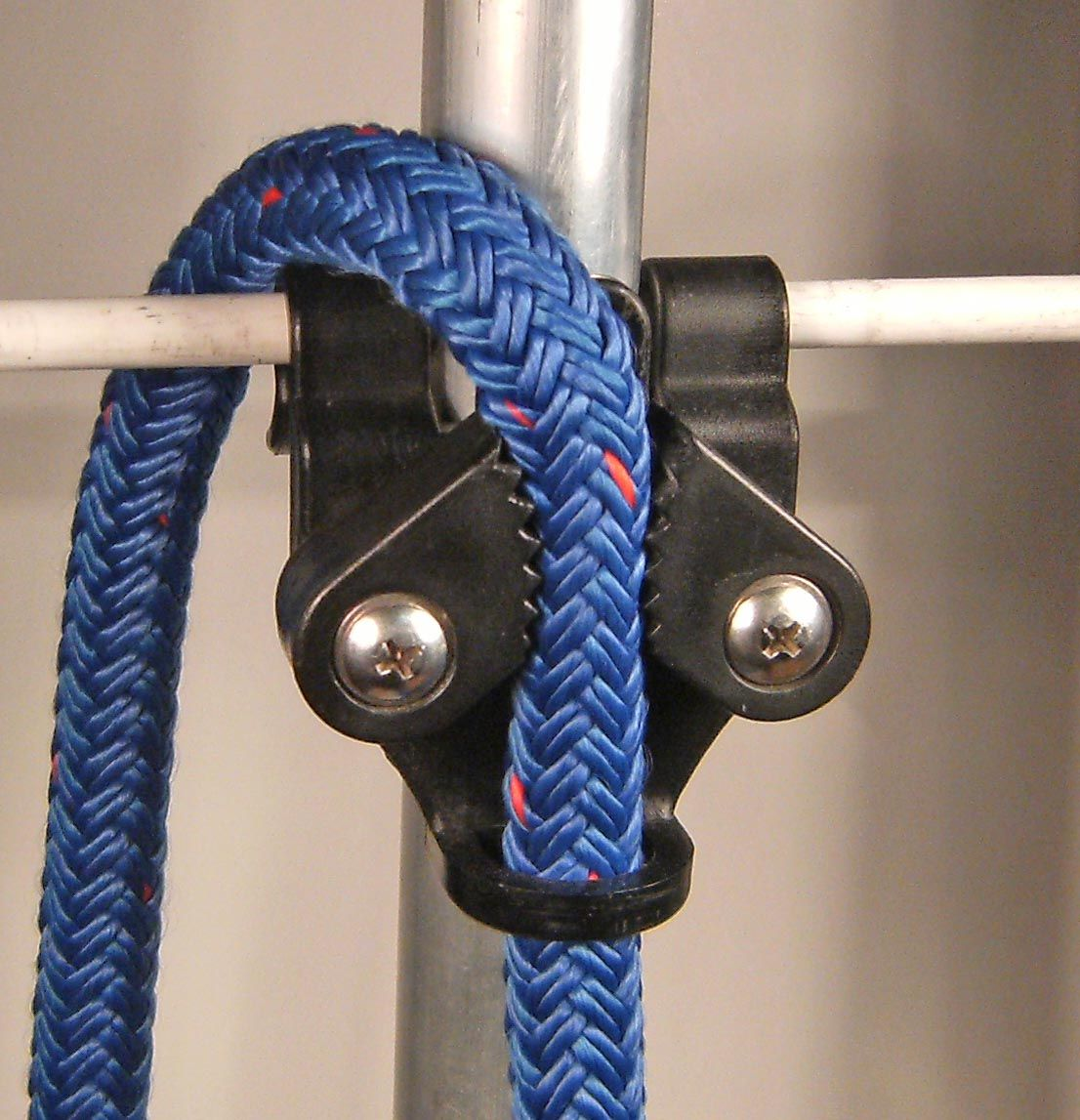 Fender adjusters allow for easy hanging of fenders with