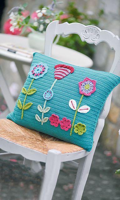 Cojines Con Aplicaciones.Cojin Y Aplicaciones Mas Cojines Cojines De Crochet Cojines De