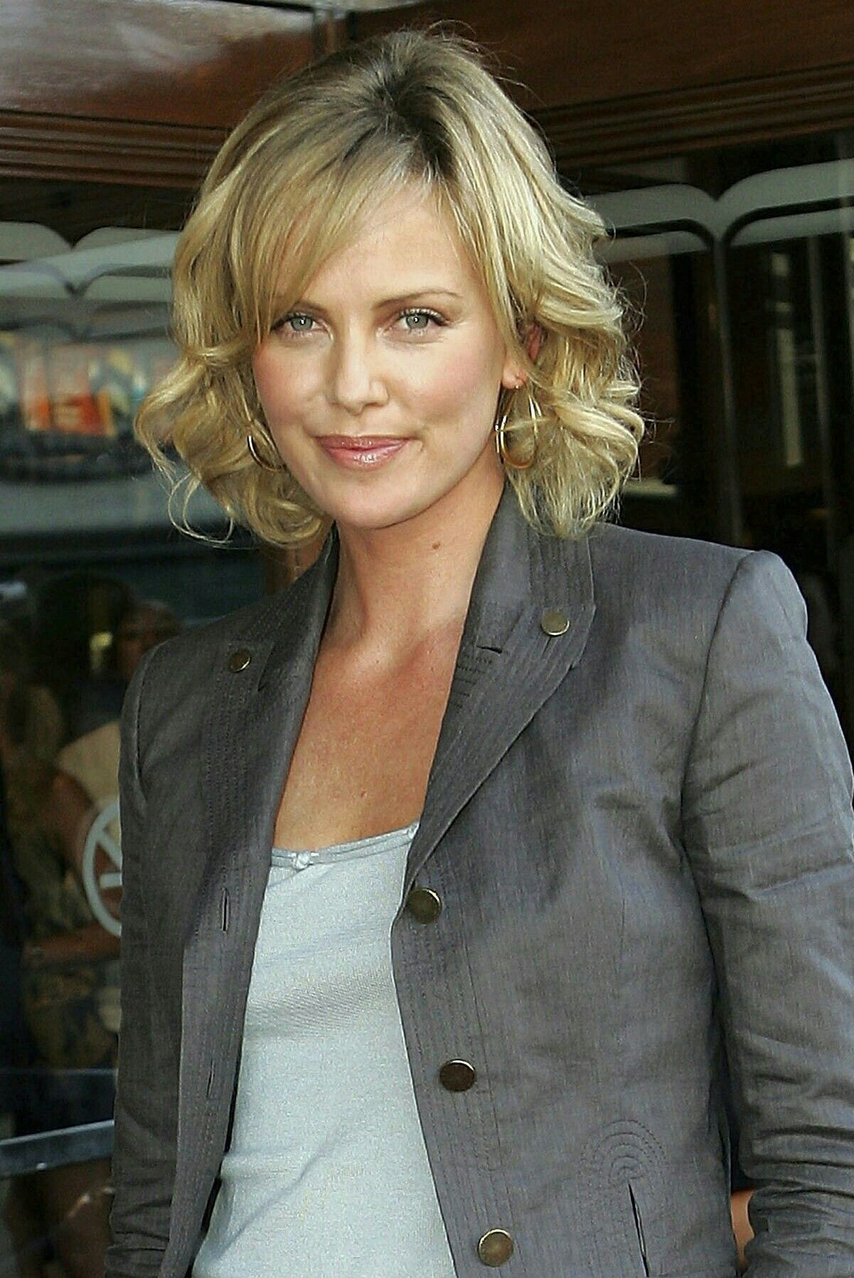 Heroine haircut images charlize theron  charlize theron  pinterest  charlize theron and