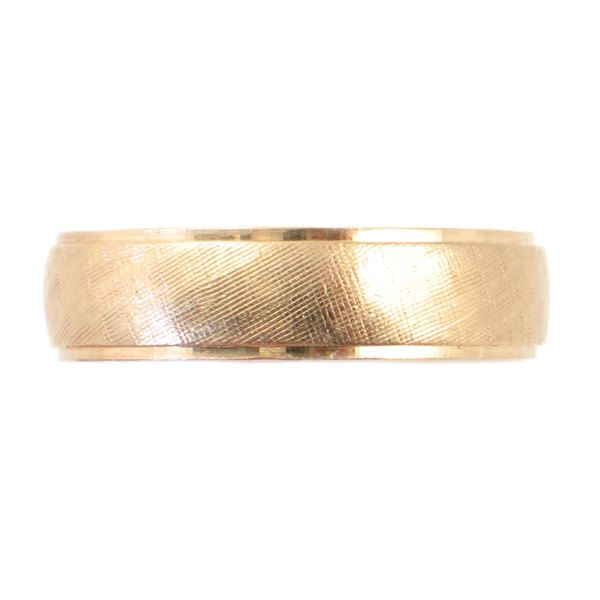 Men S 14k Gold Wedding Band With Florentine Texture And Etsy 14k Gold Wedding Band Size 10 Rings Mens Wedding Rings