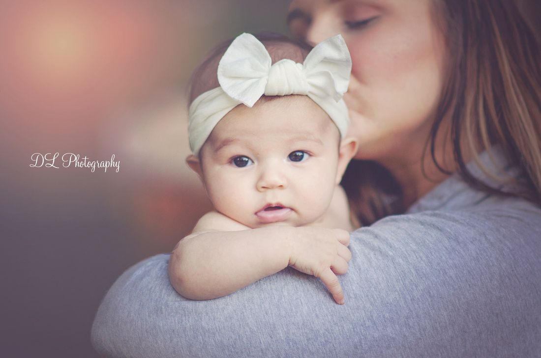 Mother and daughter photograph mother and daughter photoshoot newborn photography 3 month old photo ideas