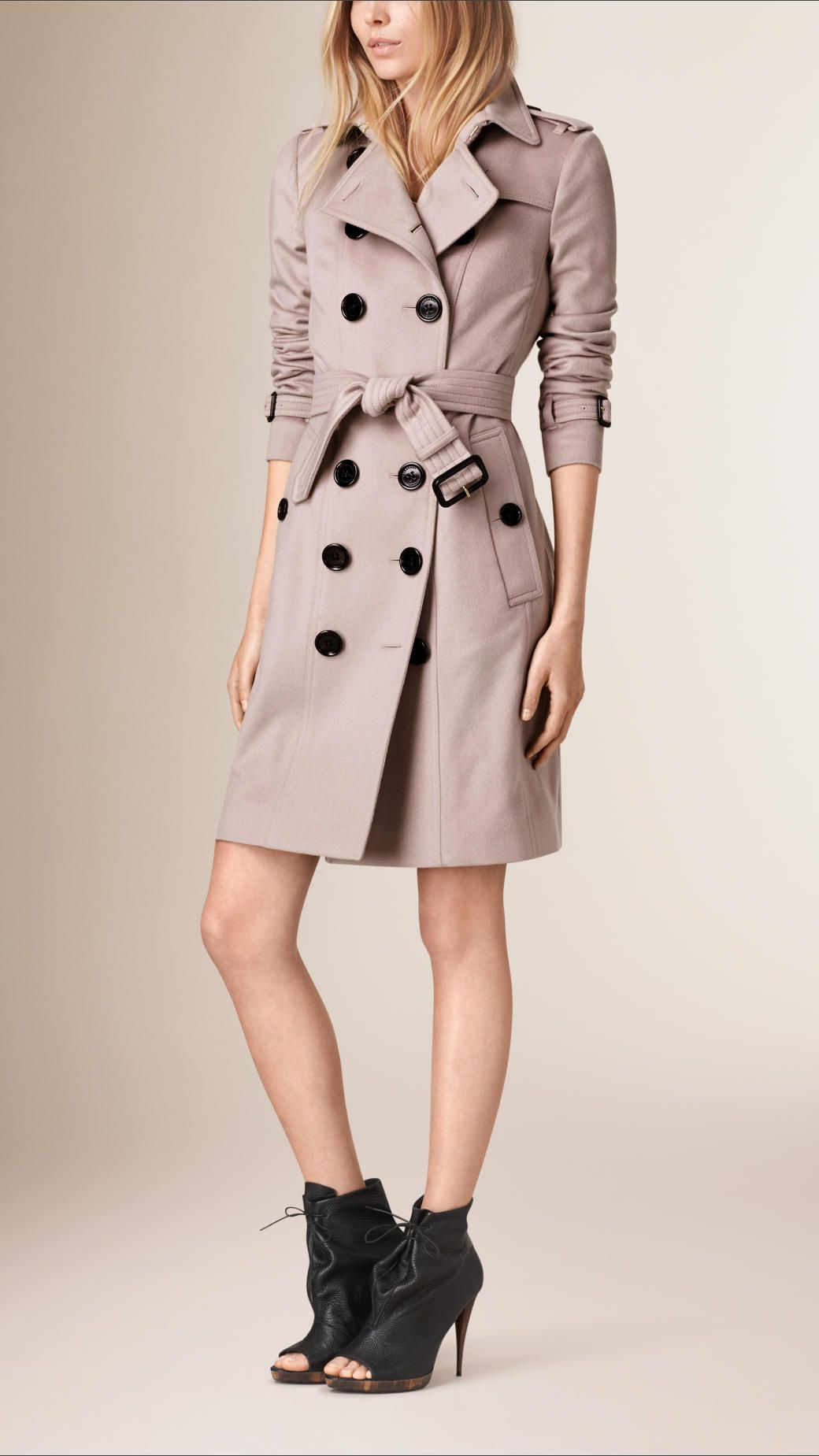 A Sandringham fit trench coat in Italian-woven cashmere. The unlined design  is slim
