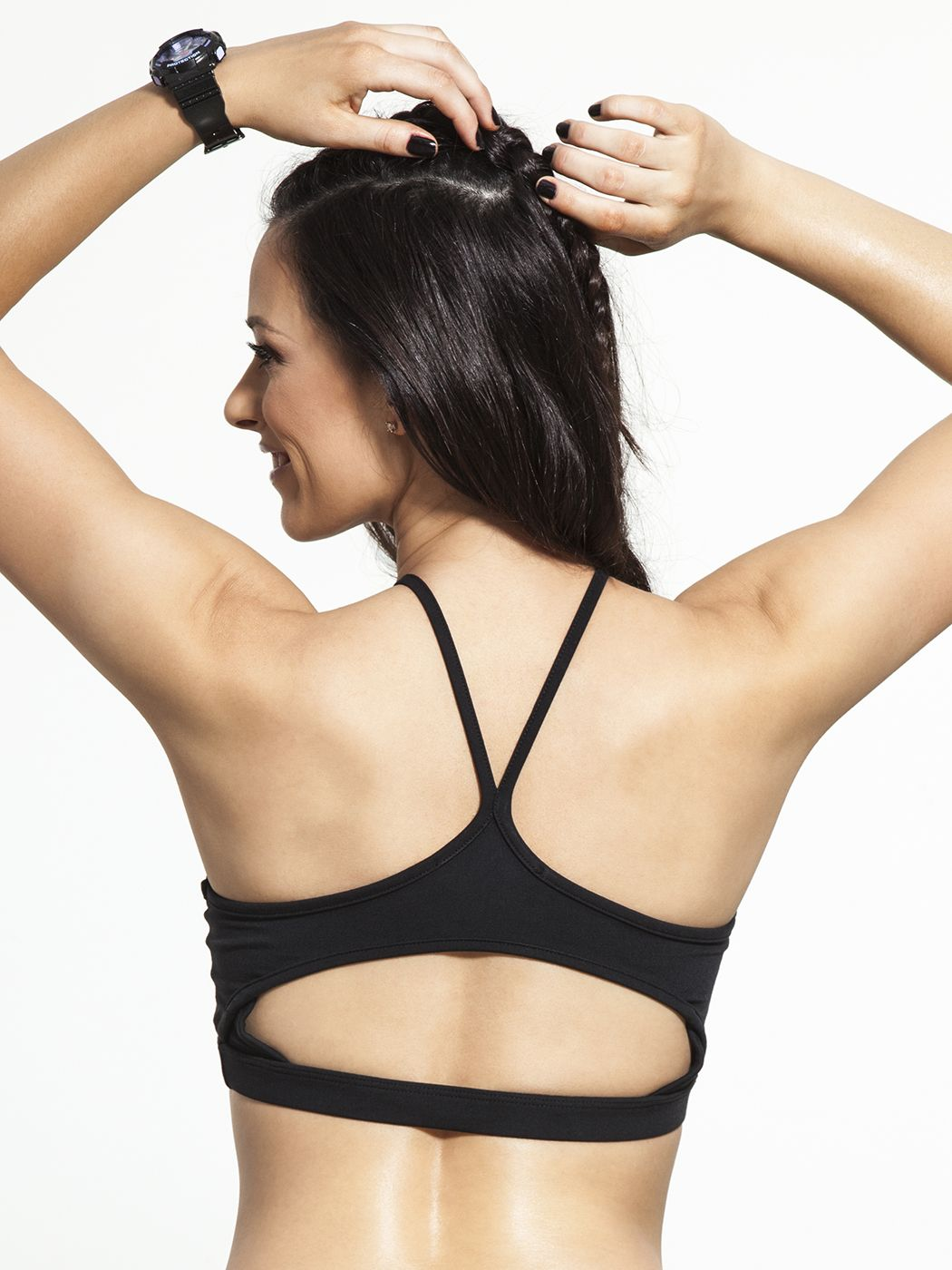 All the performance you need from a high-neck bra with your favorite Solow styling, the Lasercut Bra is equal parts sexy and supportive. The cami-style straps couple with an open back design and lasercut front to give you extra breathing room, making sure you feel cool and look cooler during your next workout.