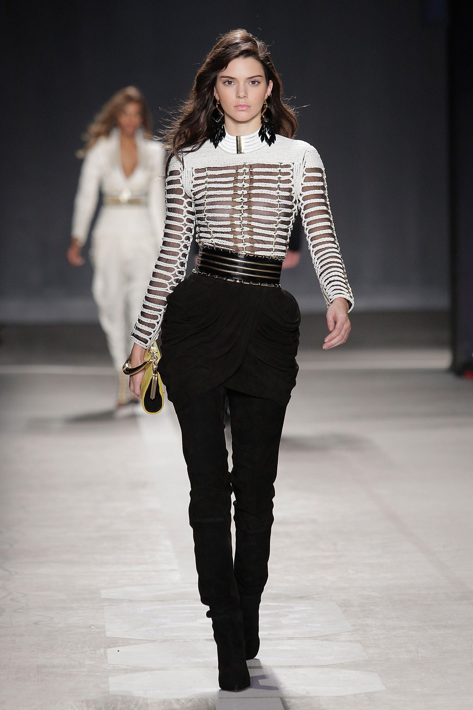 Kendall jenner and gigi hadidus best runway looks ever sugarscape