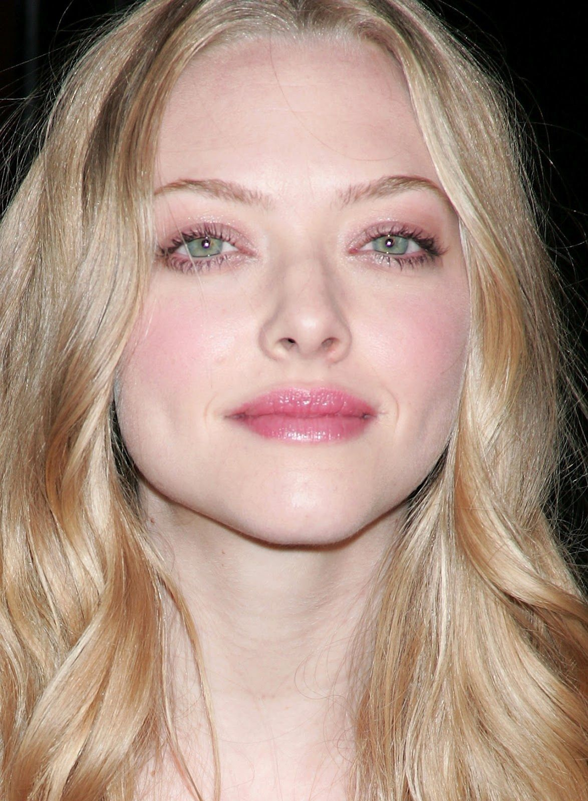 makeup for blue eyes and blonde hair and fair skin