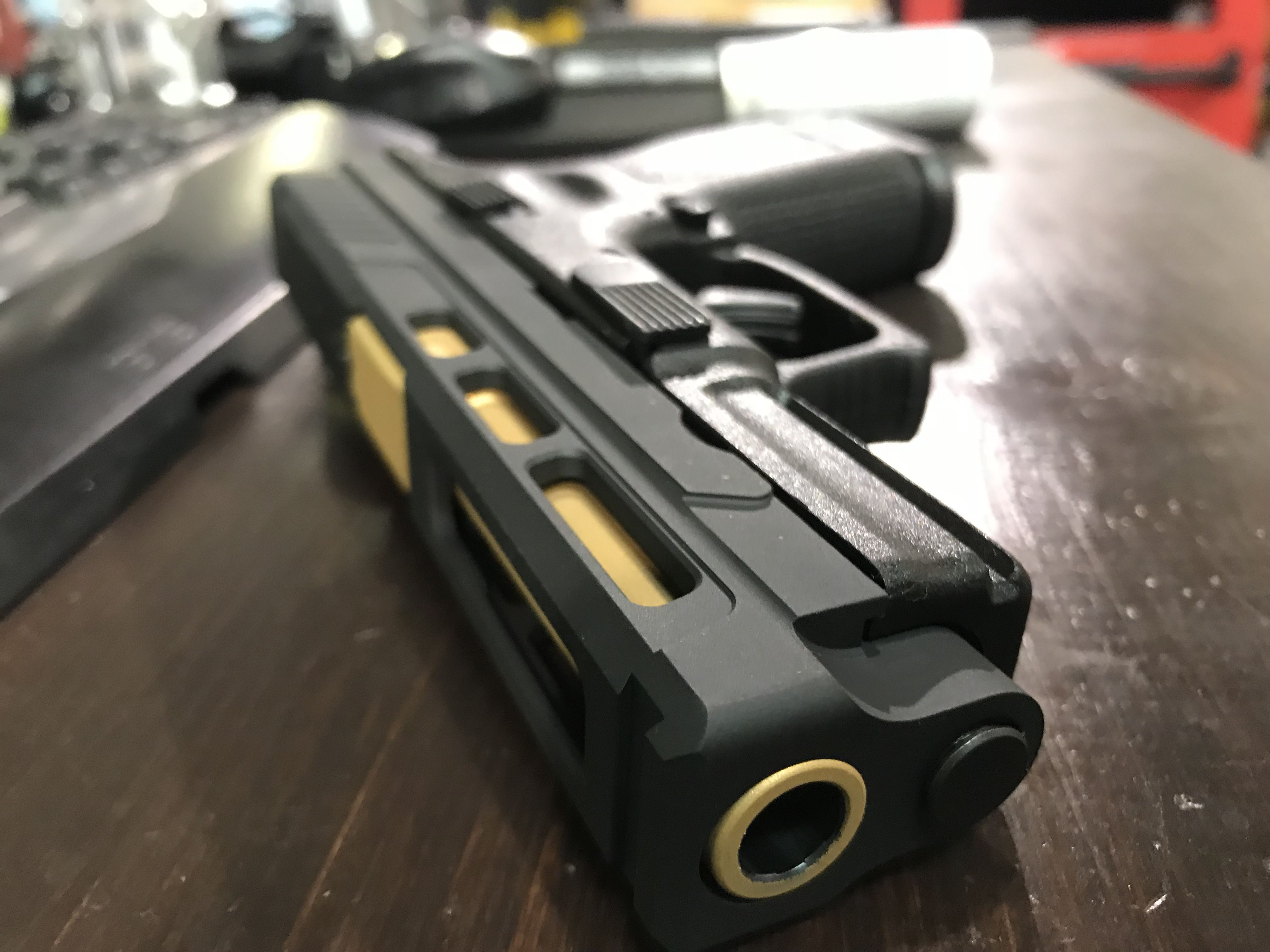 Portals, sites on firearms: a selection of sites