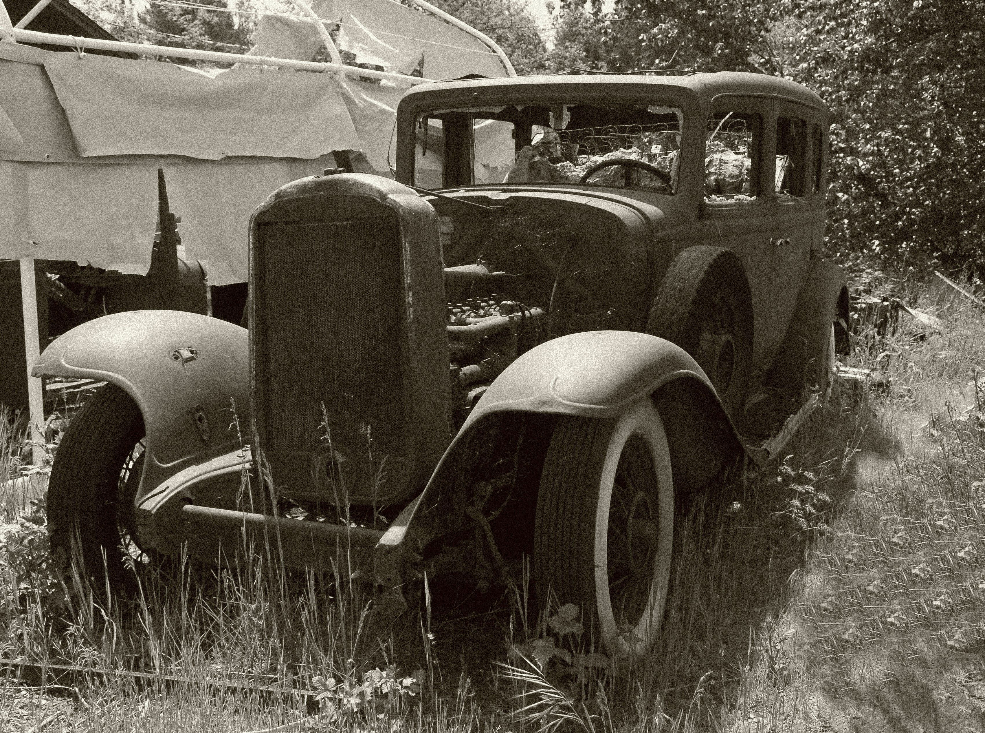 1932 Buick — Awaiting Restoration | Cars, Planes and Busses