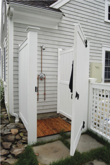 Did You Know Azek Building Products Can Be Used Create Unique Outdoor Living Areas Like This Sh Outdoor Shower Enclosure Shower Enclosure Kit Outside Showers