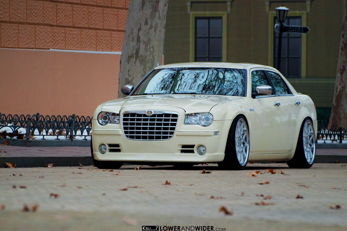 Stanced Chrysler 300 Stanced Chrysler 300 S...