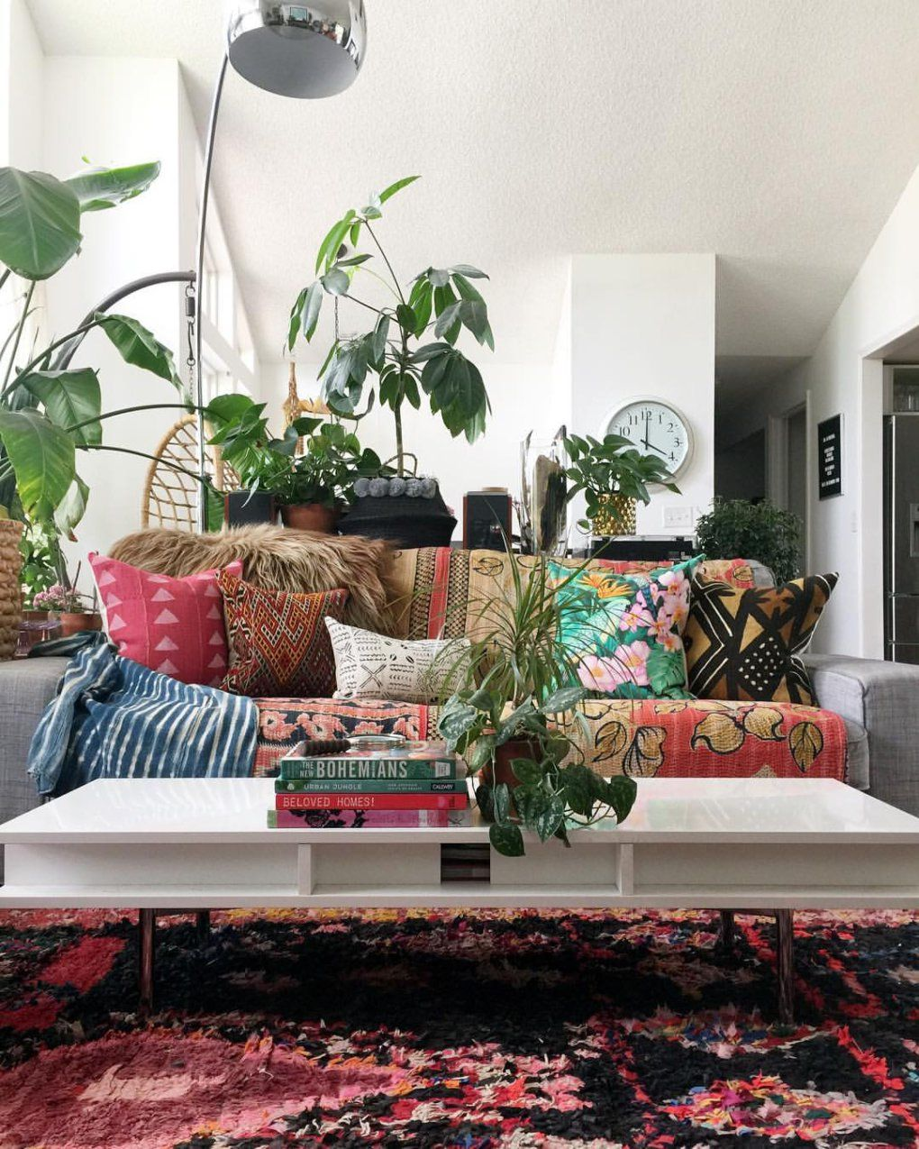 Mixing Vintage With A Touch Of Hippie To Create An Inspiring Modern Boho Home