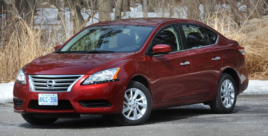 A sedan that's smart AND sexy! The 2015 Nissan Sentra's