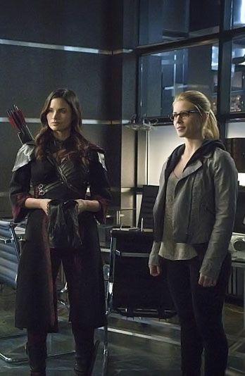 Arrow 3x23 - Nyssa & Felicity