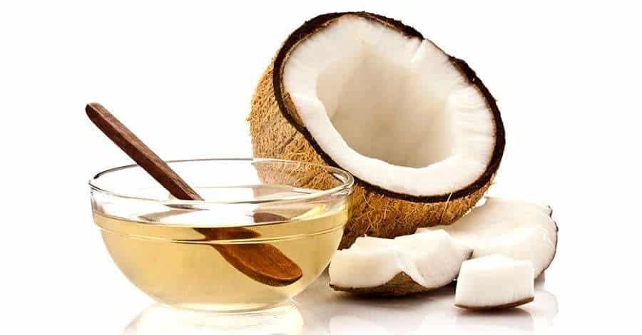 El Aceite De Coco Es Una Grasa Vegetal De Grandes Propiedades Y Usos Desde La Cosmética La Como Hacer Aceite De Coco Aceite De Coco Aceite De Coco Para Perros