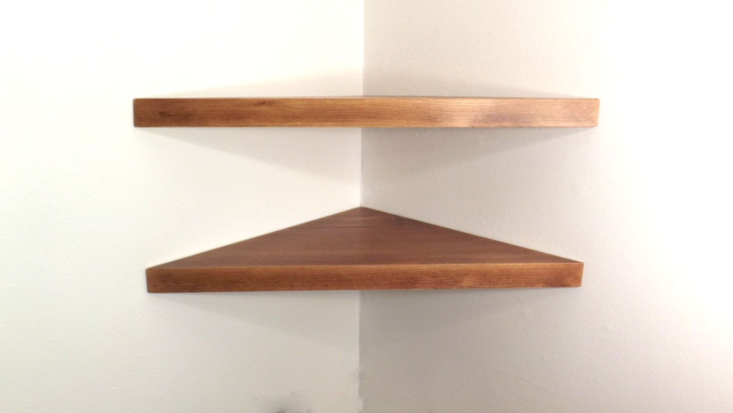Set Of 2 22 Inch Floating Corner Shelves With Red Mahogany Stain Handmade In The Usa By Bawoodworking Red Mahogany Stain Floating Corner Shelves Corner Shelves