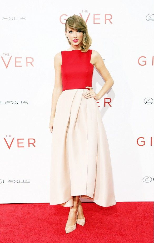 The+11+Celebrities+With+the+Best+Feminine+Style+via+@WhoWhatWear