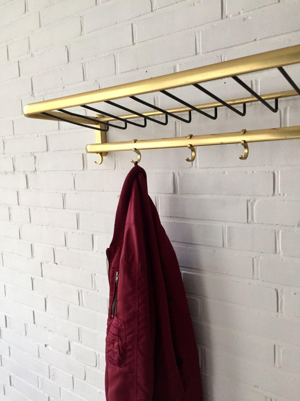 Dein Marktplatz Um Handgemachtes Zu Kaufen Und Verkaufen Coat Rack Wall Coat Rack Shelf Vintage Interior